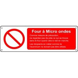 Four à micro ondes