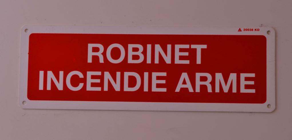 Panneau Robinet Incendie Armé