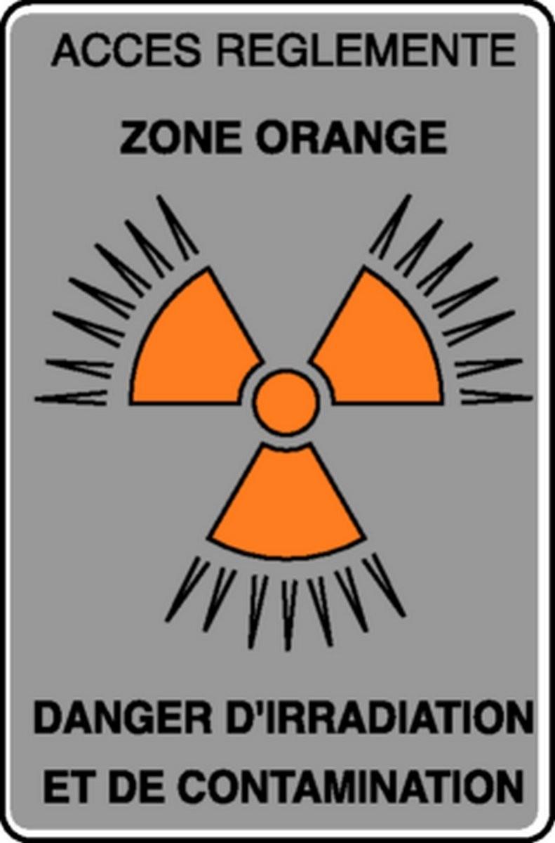 Panneau Accès réglementé Danger d'irradiation et de contamination