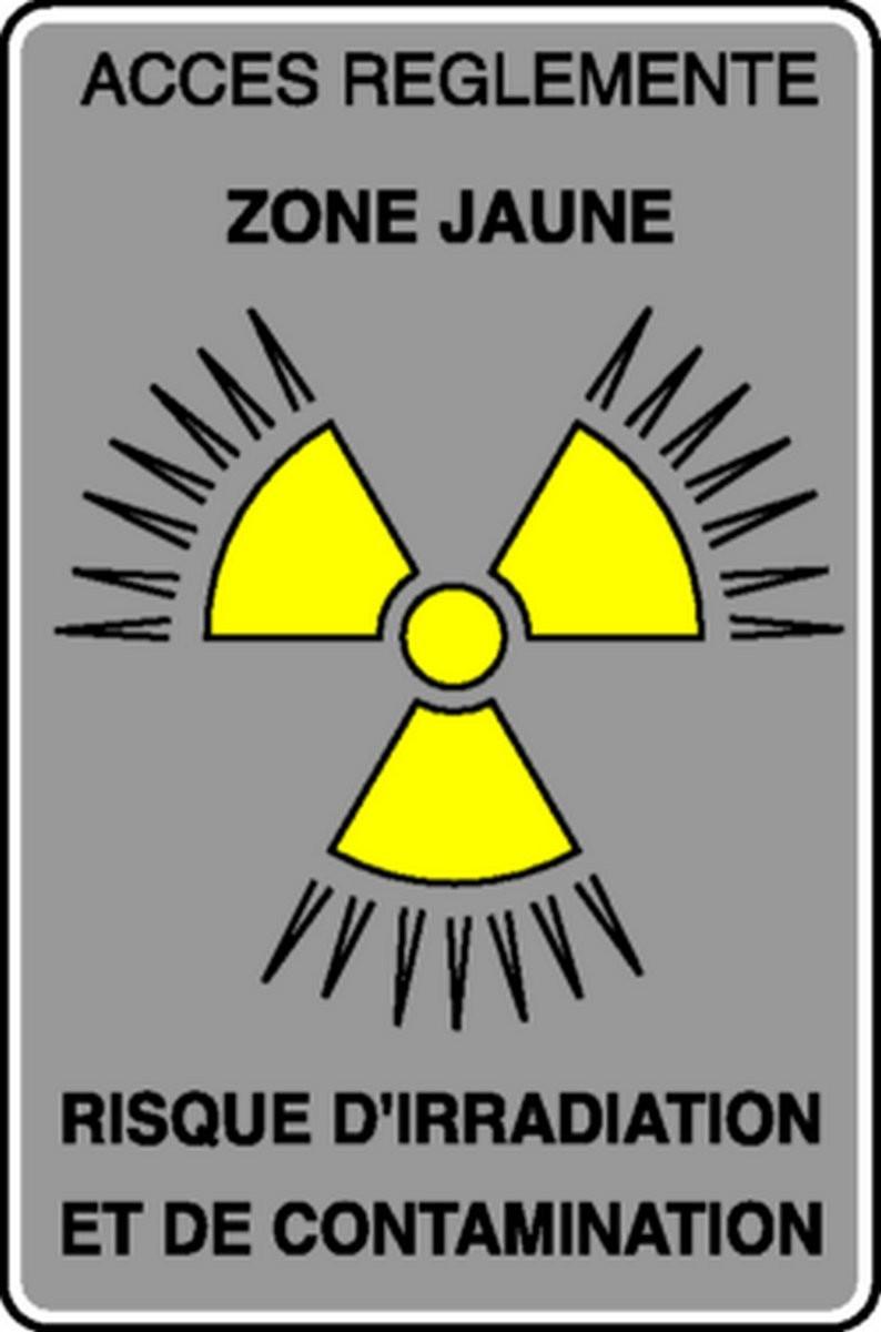 Panneau Accès réglementé Risque d'irradiation et de contamination