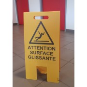 Chevalet Attention surface glissante