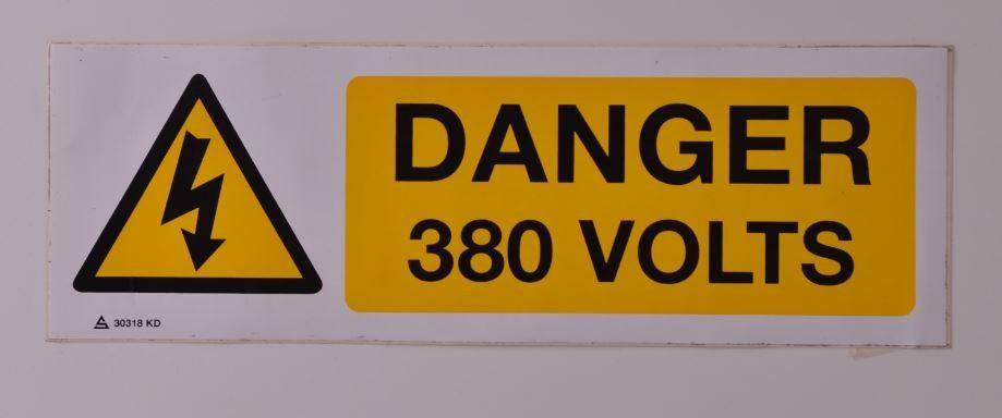Panneau Danger 380 Volts