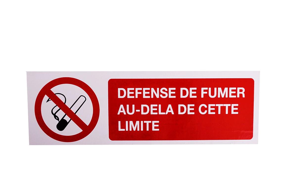 Panneau Défense de Fumer au-delà de cette limite