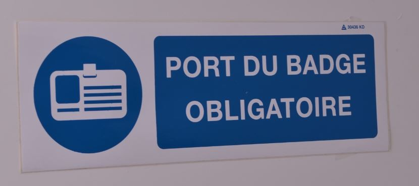 Panneau Port du Badge Obligatoire