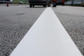 Ligne thermocollante blanche 50