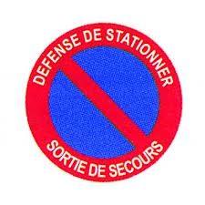 Panneau Défense de Stationner Sortie de Secours