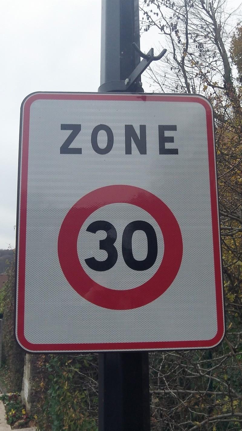 Panneau Zone limitée Classe 1