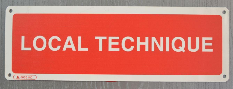 Panneau signalétique local technique